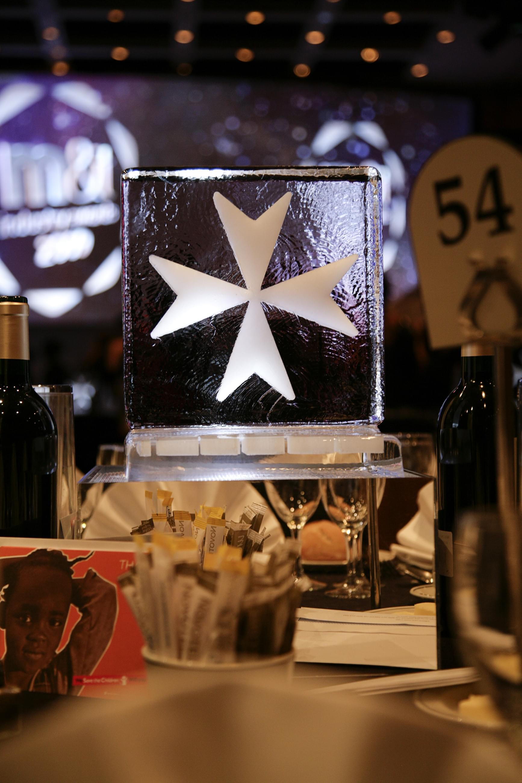 Engraved, Table centre, Star