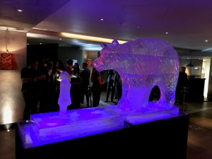 Bear and Girl ice sculpture