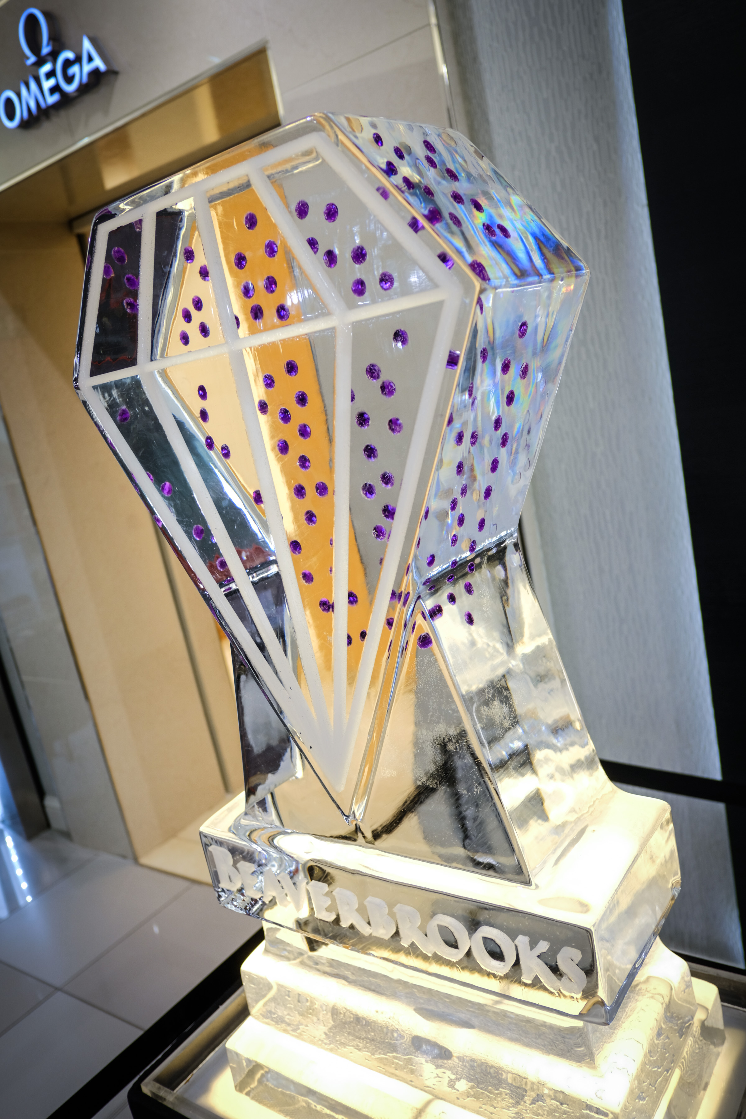 diamond ice sculpture