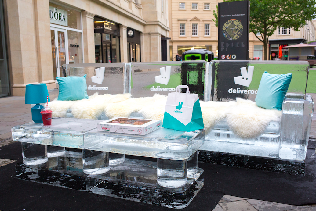 Ice Lounge, pop up
