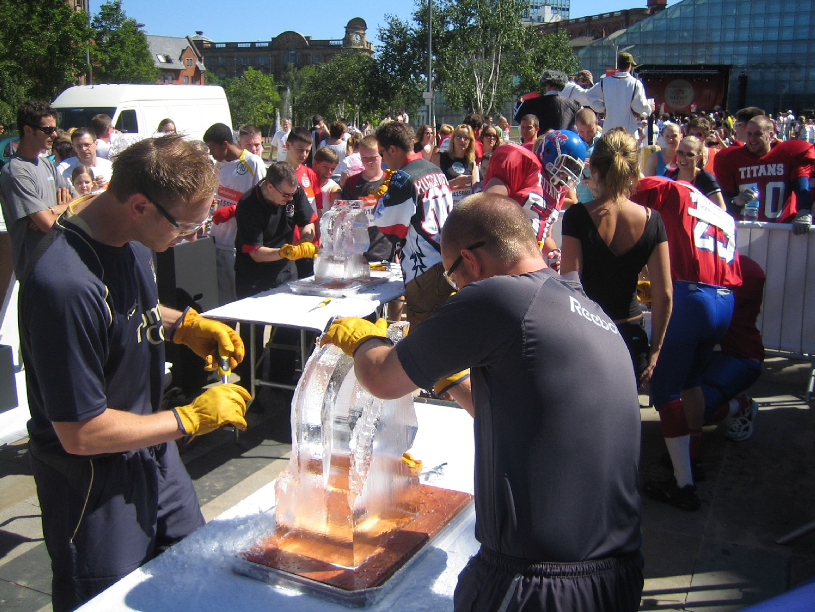 'Have a Go' ice sculpting workshop - Sport Relief