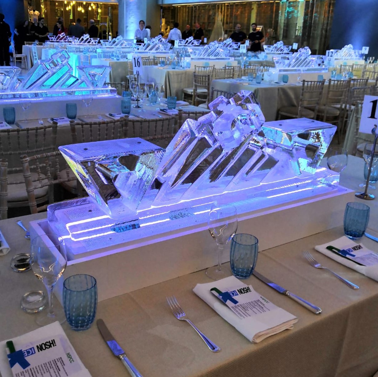 table centre ice sculpture