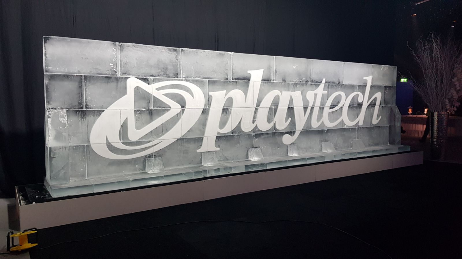 Play Tech's 8m Ice Wall with logo engraving