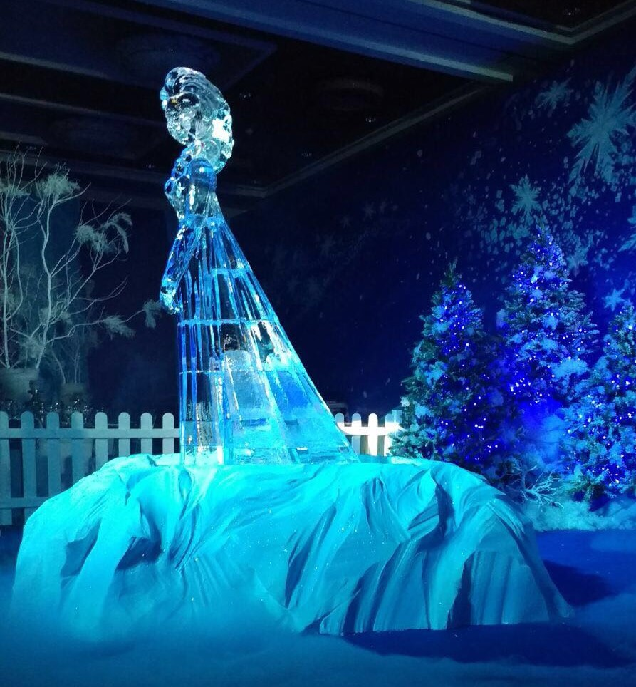 Elsa Frozen ice sculpture
