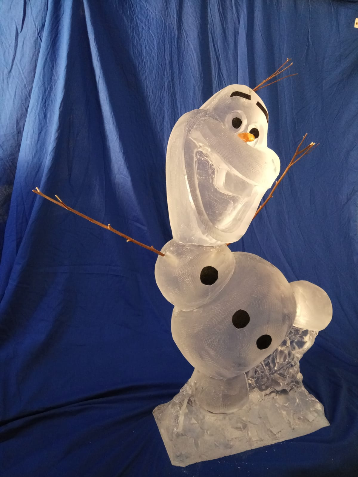 Olaf ice sculpture