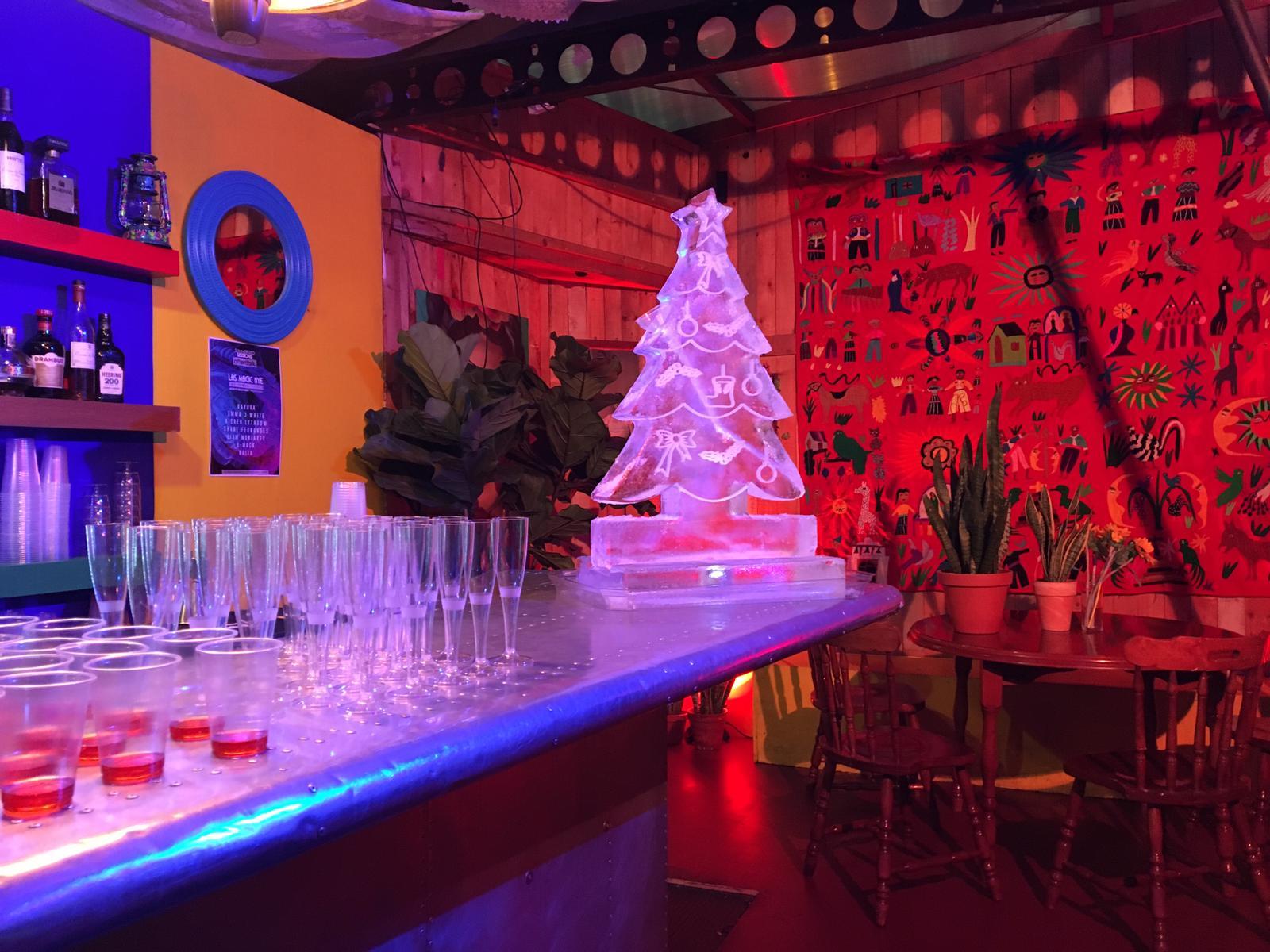 Christmas Tree HIP ICE on bar